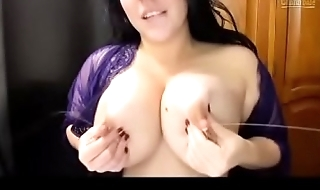 Can milf milking boobs