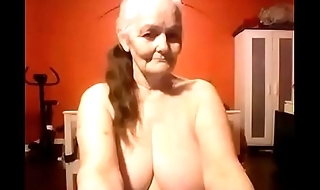 Grand mom shows off her nice big tits live