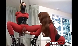 Wow! Slave has crest after orgasm! www.CruelCam.com
