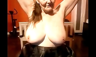 Hottest granny wanted to show her body must see