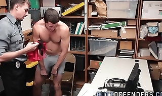 Amateur dude gets facial