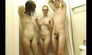 Threesome shower pussy shaving bathroom