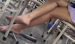 Cams4free.net - Candid College Student Barefoot in Cafeteria