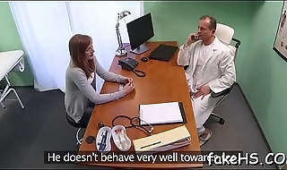 Sopping vagina be proper of a seductive doctor gets annihilated mercilessly
