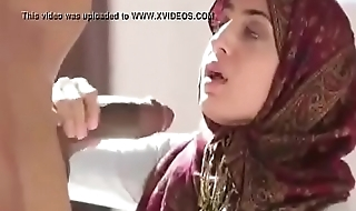 Sexy Muslim hizab girl sucking big black cock